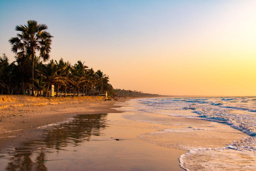 Gambia Afryka - zachód słońca na plaży