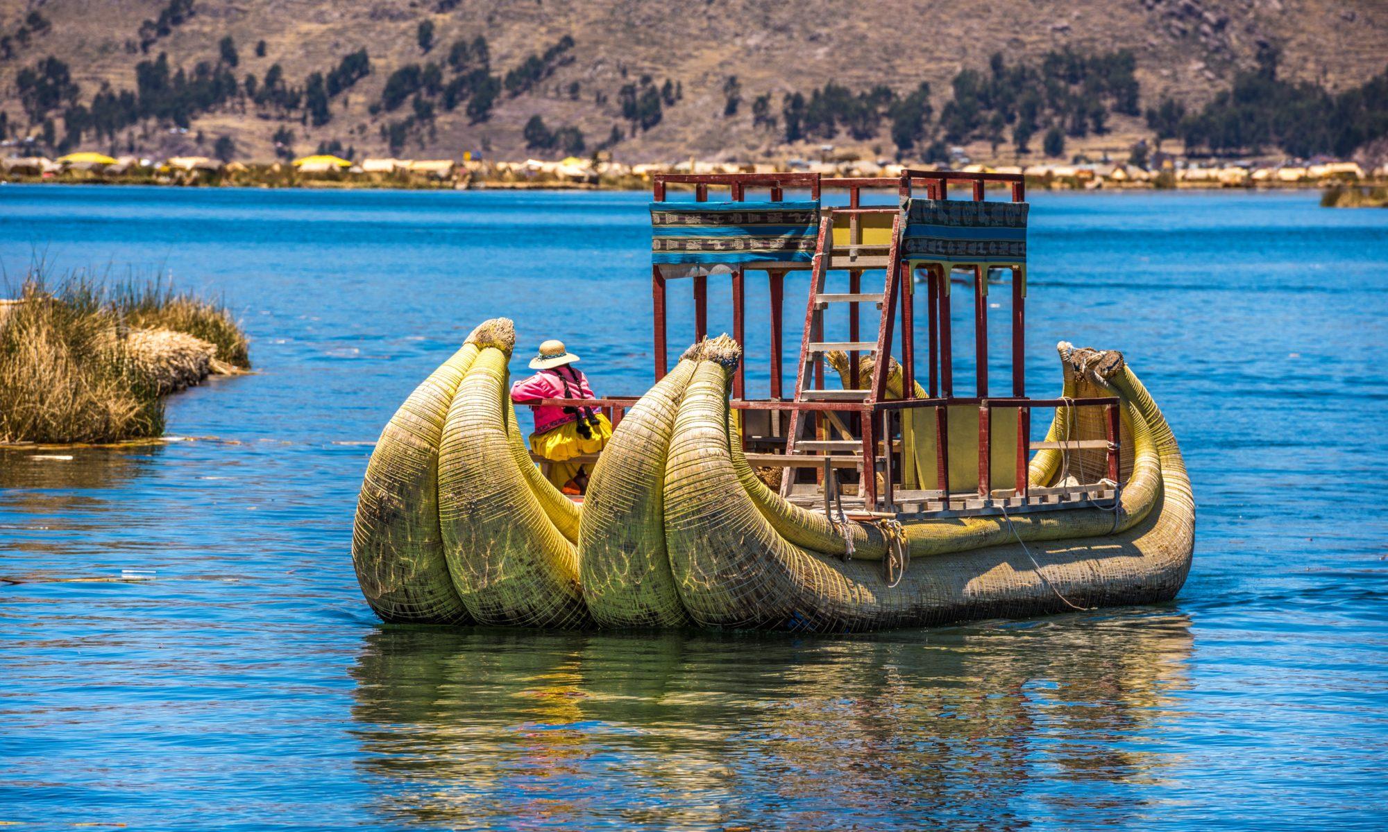 Uros na jeziorze Titicaca, Peru